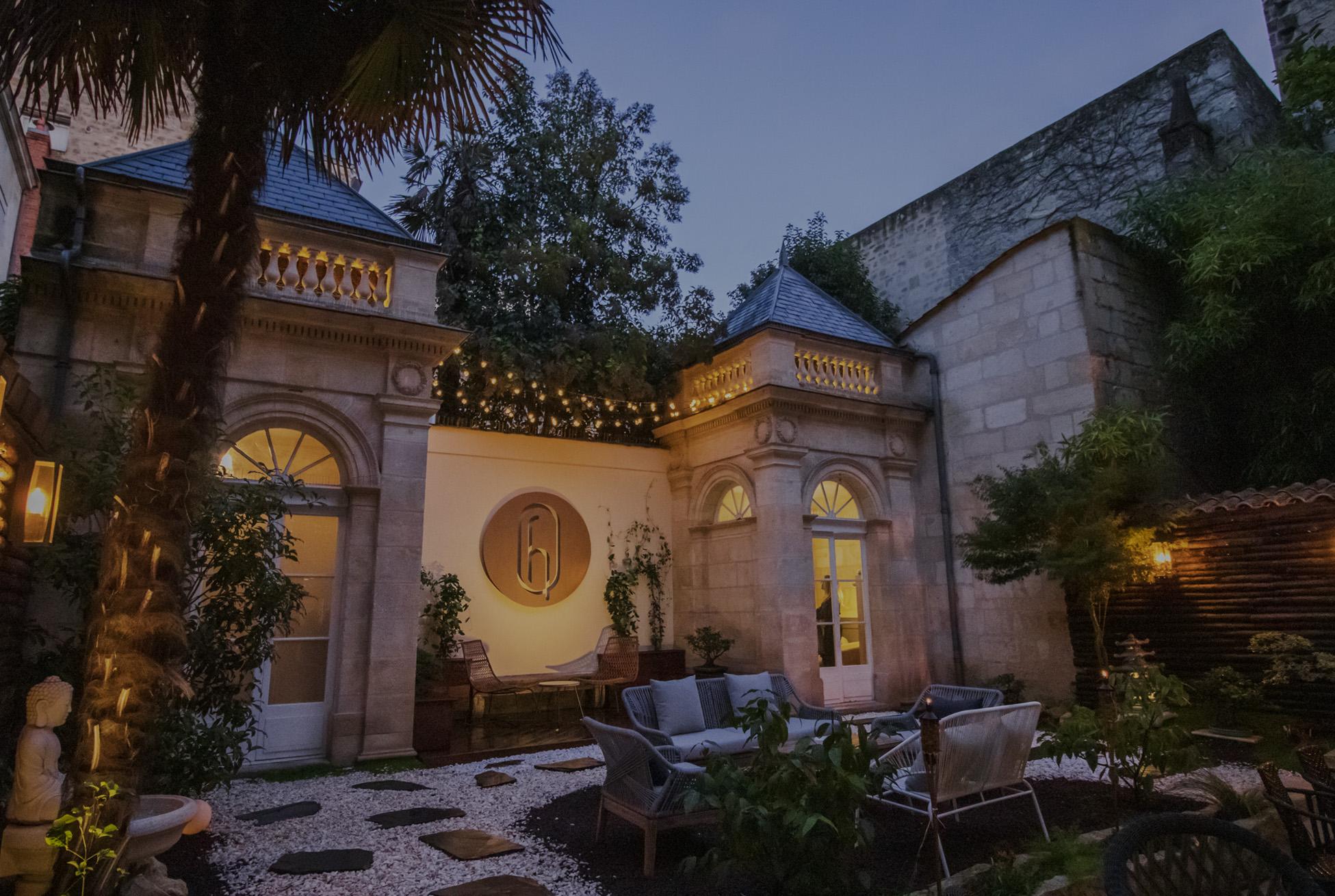 Jardin hôtel des Quinconces Bordeaux centre